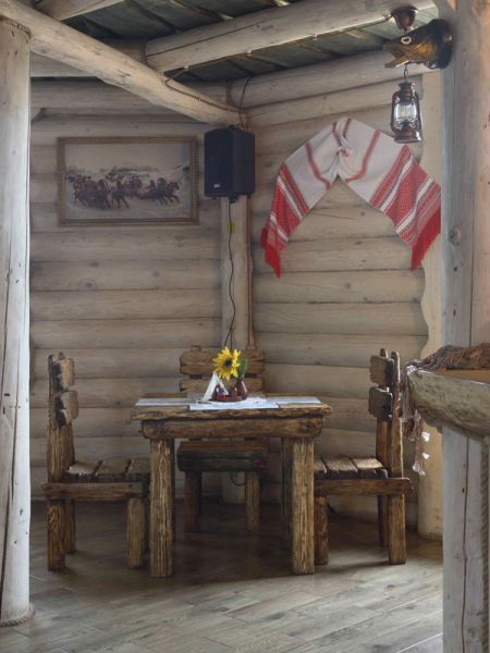 1-й этаж. Ресторан  'Трапезная', 'Окулова Заимка', отдых в коттеджах в Подмосковье.