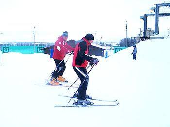 Горные лыжи. Горнолыжный клуб Леонида Тягачева, Подмосковье.